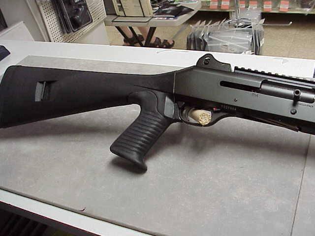 Benelli M4 shotgun